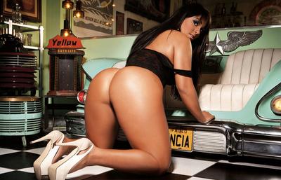 Fotos da Mulher Melancia Nua,Pelada Na Playboy e na Sexy