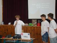 A versenyzők prezentációja.jpg