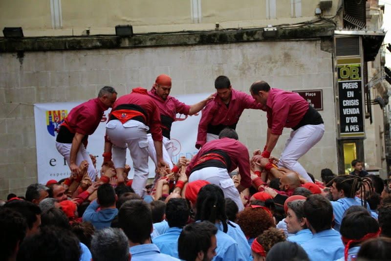 Actuació 20è Aniversari Castellers de Lleida Paeria 11-04-15 - IMG_8881.jpg