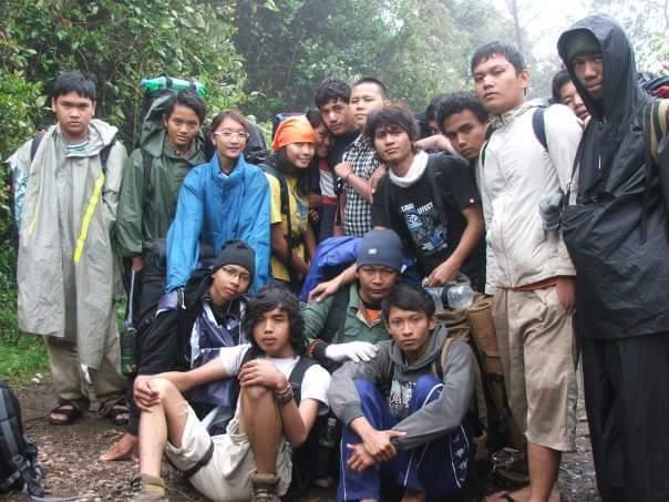 Komunitas Teman Ngopi Mendaki Gunung SeIndonesia