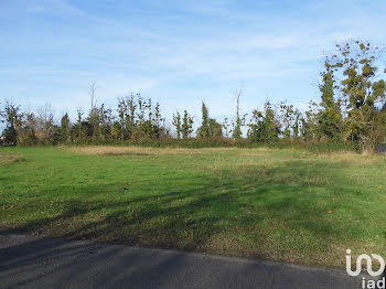 terrain à Vicq-d'Auribat (40)
