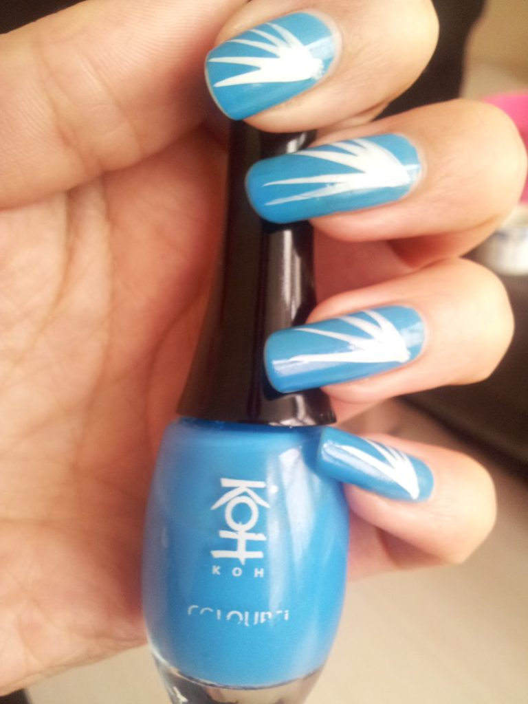Dynamic Blue Nail Polish Art And Designs For 2017 Styles Art