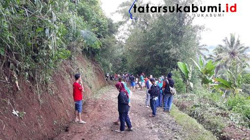 Perbaikan fasilitas umum pasca bencana Nagrak Sukabumi / Foto : Isep. Panji (20/1/2019)