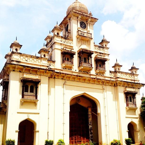 Hyderabadi Baataan - e22001644b9fad134078ff4a82d7193b3b593aec.jpg