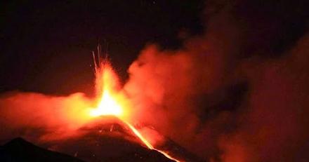 16η έκρηξη της Αίτνας μέσα σε ένα μήνα ( βίντεο )