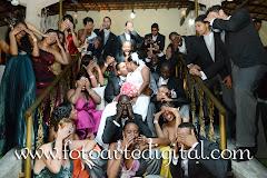 Album (digital) de fotos de Viviane e Bruno do estudio Foto Arte Digital, de Itaborai, RJ, que faz fotografia de casamentos (fotos de casamento), fotos de aniversario (fotografia de aniversario), fotos de 15 anos, fotos de criancas (fotografia infantil), fotos de eventos sociais, videos de casamento, videos de 15 anos, videos de making-of, videos de aniversario, video infantil (video de criancas) e videos de eventos sociais. Fotojornalismo e videojornalismo em Itaborai, RJ.