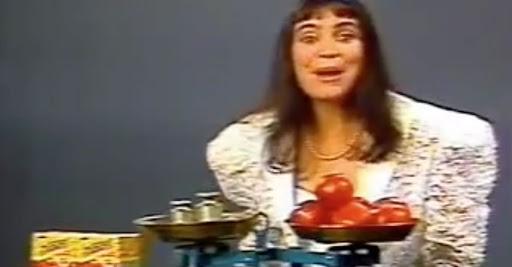 Atriz Regina Duarte protagonizando campanha publicitária do molho de tomate Tomato no começo dos anos 90
