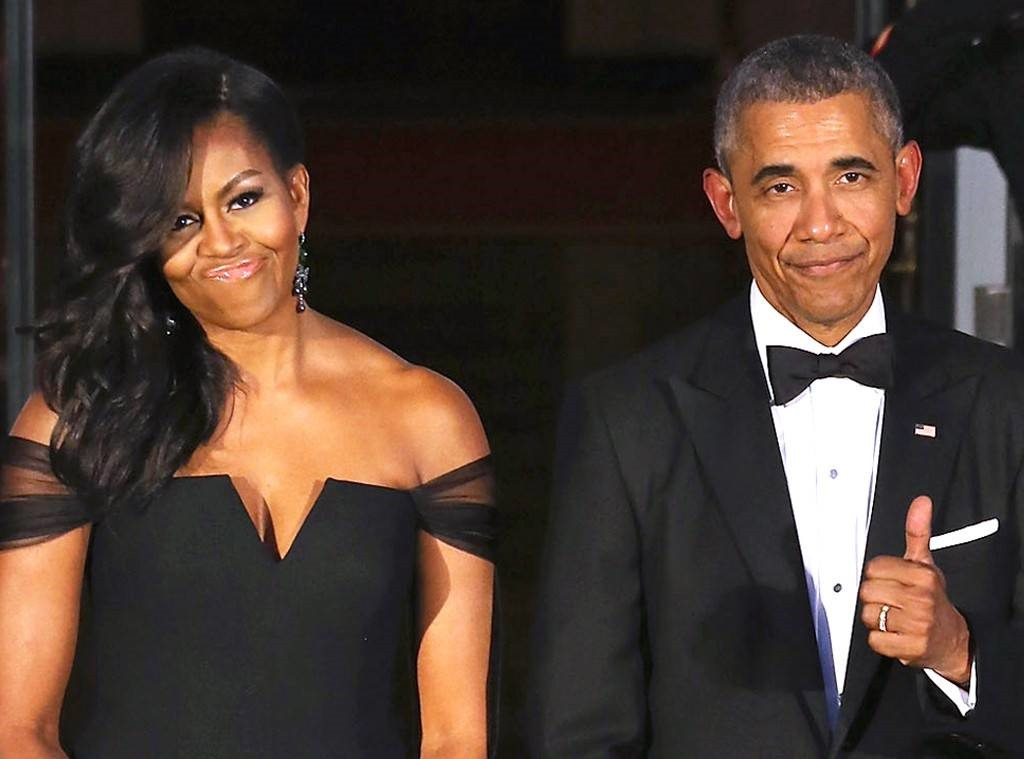 [rs_1024x759-160802191725-1024.Barack-Obama-Michelle-Obama-Thumbs-Up.2.ms.080216%5B3%5D]