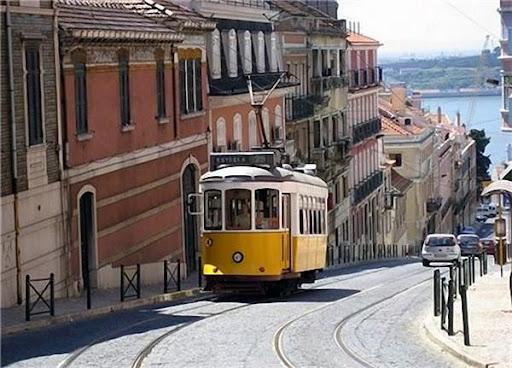 Трамвай №28