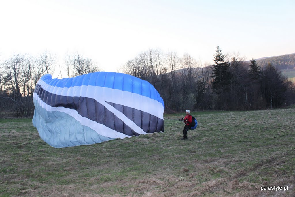 Szkolenia paralotniowe Kwiecień 2011 - IMG_5453.JPG