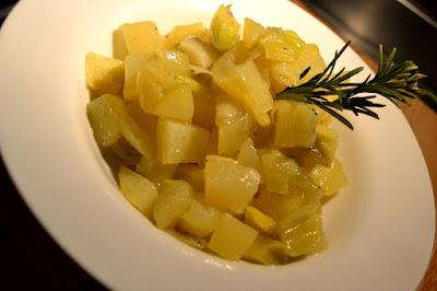 Poireaux et pommes de terre compotés au romarin - recette indexée dans les Légumes