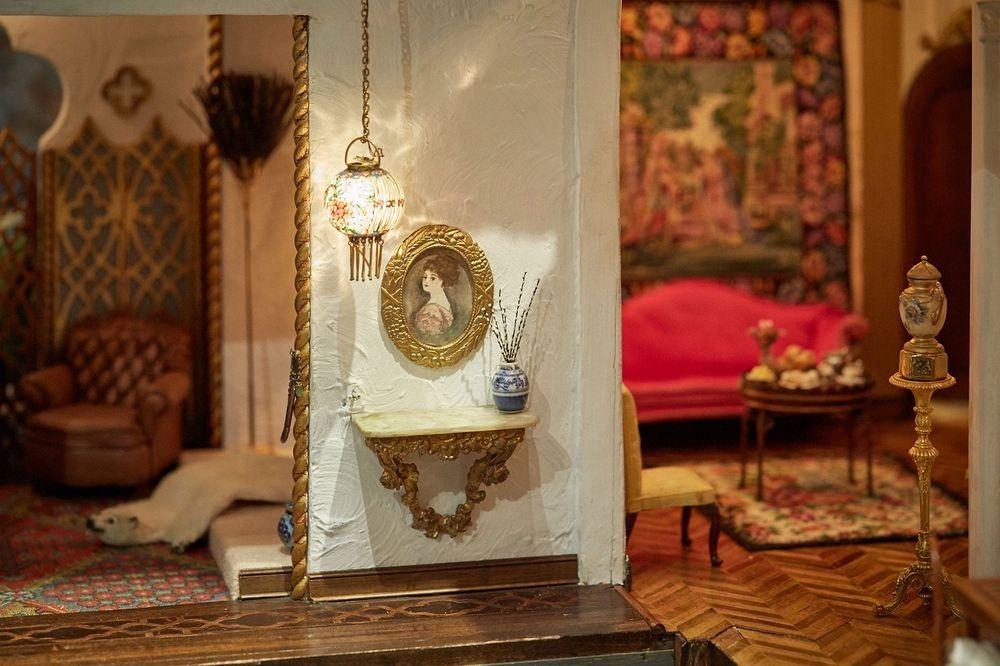 Μια Astolat κουκλόσπιτο: Ένας κόσμος κούκλα σπίτι πιο ακριβά