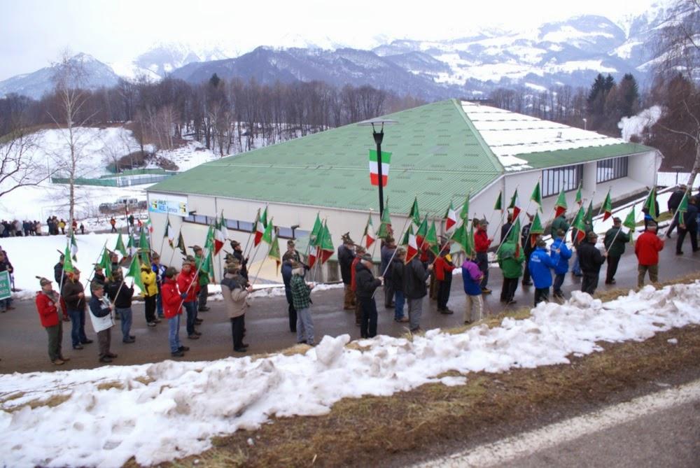 Campionato Nazionale ANA sci di fondo Piani di Bobbio - Campionati%2BNazionali%2BANA%2BBarzio%2Bapertura%2B48.JPG