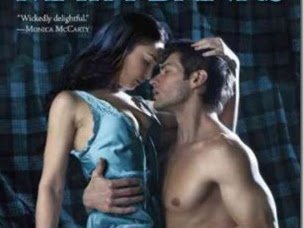 Review: ​In Bed with a Highlander (The McCabe Trilogy #1) by Maya Banks