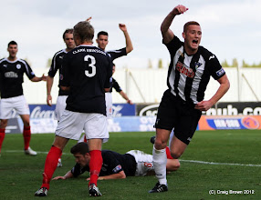 Photo: Falkirk v Dunfermline Athletic Irn Bru First Division The Falkirk Stadium 6 October 2012Ryan THomson celebrates making it 2-2(c) Craig Brown | StockPix.eu