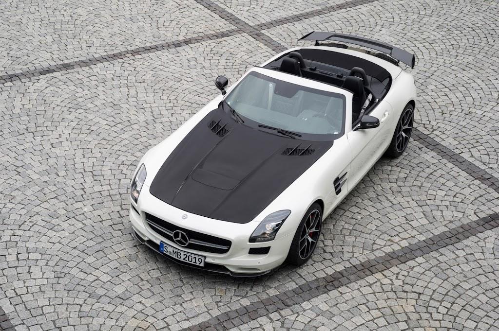 2015 Mercedes Benz SLS AMG GT Final Edition 13