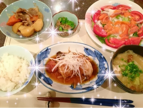 彩りがなさすぎる加藤茶さんの晩御飯をごらんください・・・