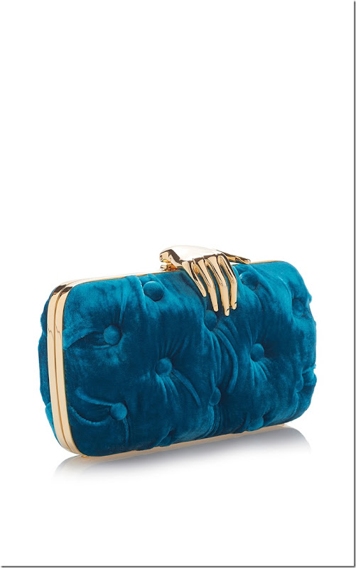 large_benedetta-bruzziches-blue-carmen-velvet-clutch-with-hand (2)