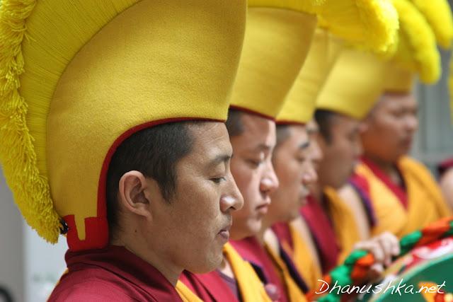 Tibetian Monks_5540900026_l