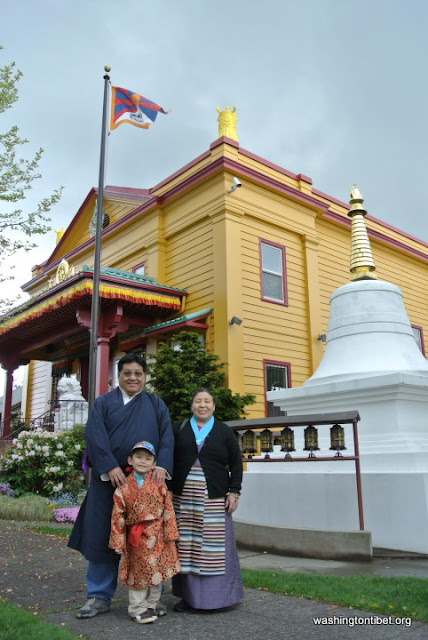Lhakar/Tibets Missing Panchen Lama Birthday (4/25/12) - 01-DSC_0051%2BA72.JPG