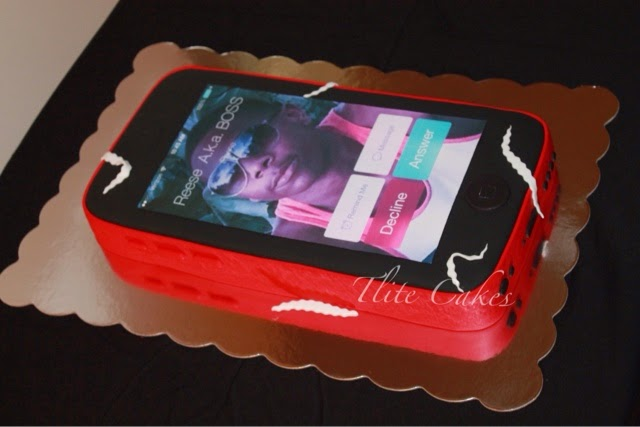TLite Cakes and Planning iPhone Cake Red