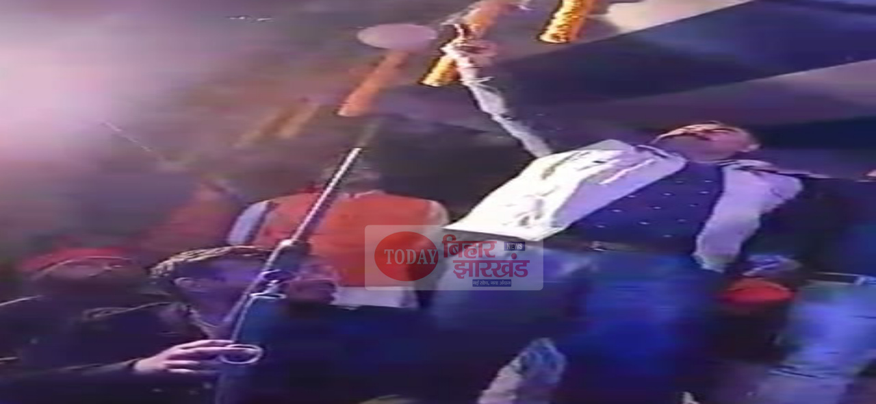हर्ष फायरिंग का वीडियो वायरल, नाच के दौरान हर्ष फायरिंग का वीडियो वायरल
