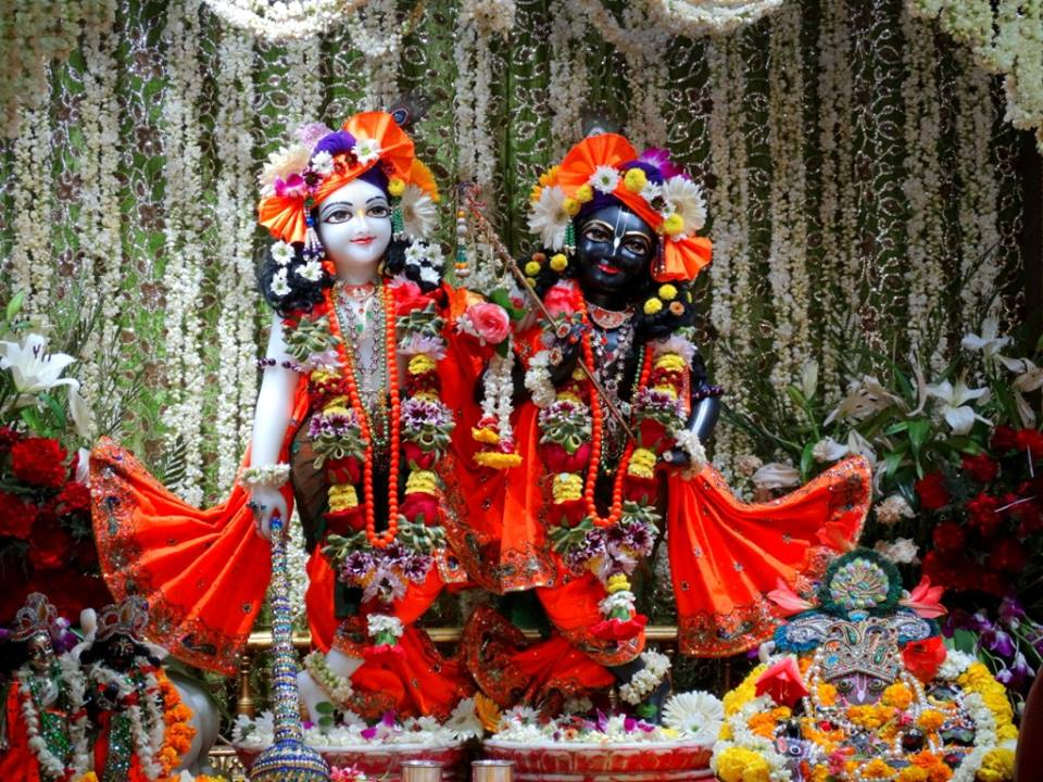 ISKCON Punjabi Bagh Deity Darshan 09 April 2016 (7)