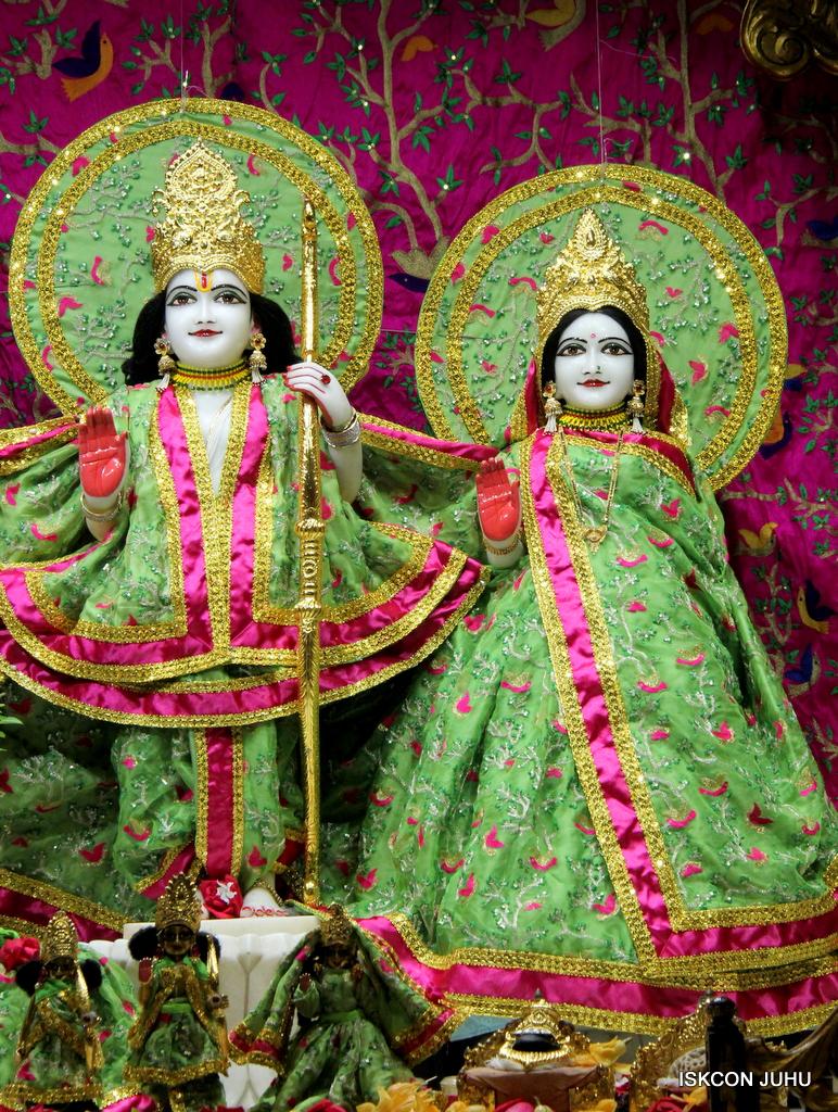 ISKCON Juhu Mangal Deity Darshan on 23rd Oct 2016 (3)