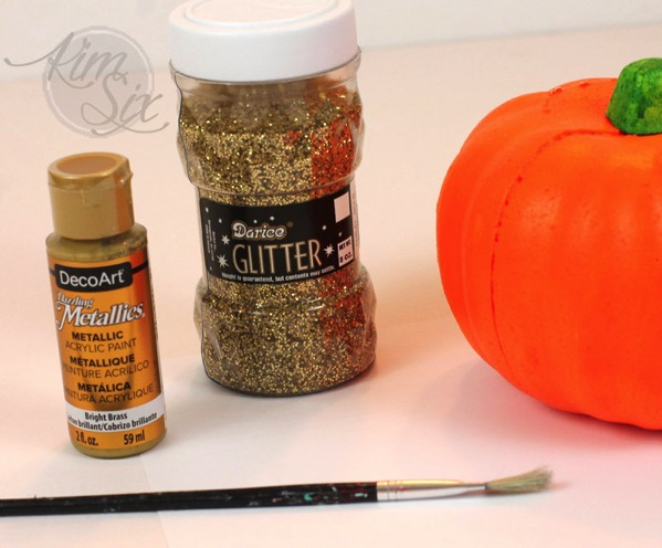 Supplies for glittering pumpkin