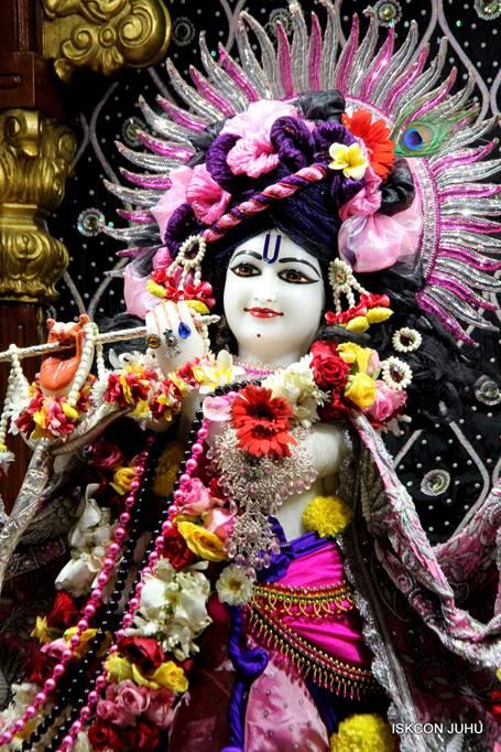 ISKCON Juhu Sringar Deity Darshan 05 Mar 2016 (7)