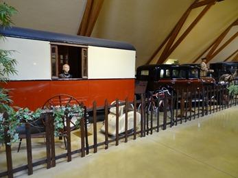 2018.07.02-202 caravane des années 1930 tractée par une Hotchkiss AM 80