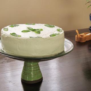 Sweet Pea Spring Cake