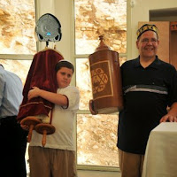 Relocating Torah Scrolls 2012  - DSC_1602.JPG