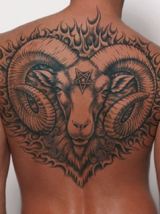 traseira_completa_ries_tatuagem_para_homens