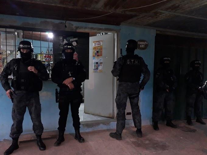 Un despliegue de la Federal en un Kiosco de Pueblo Nuevo terminó con el secuestro de un revolver