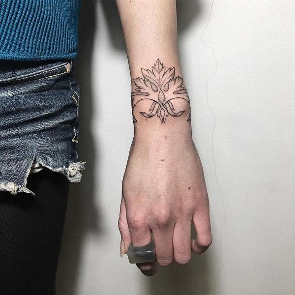 este_dotwork_pulseira_de_tatuagem