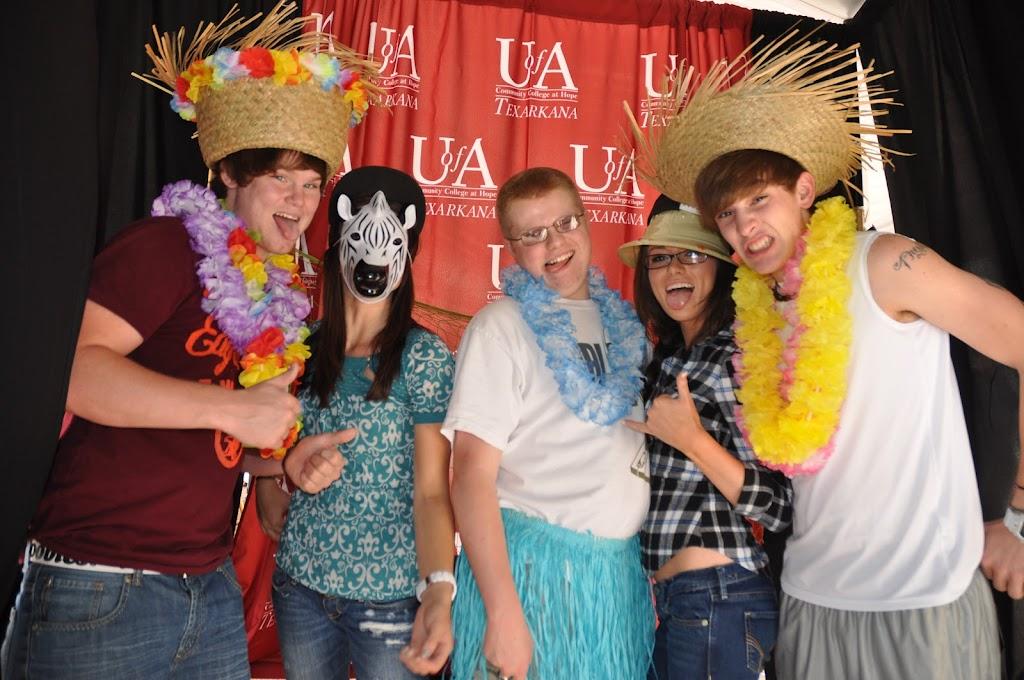 Genoa Central, Fouke, and Arkansas High visit UACCH-Texarkana - DSC_0107.JPG