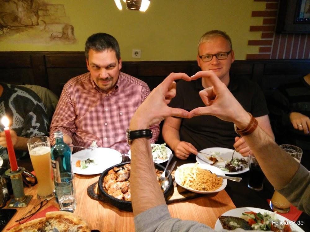 Abschließendes Essen im Lehmofen in Kassel
