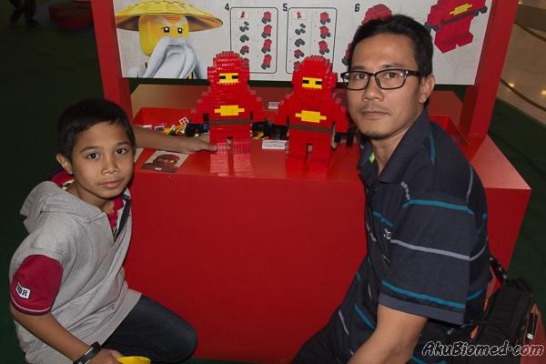 peringkat pertama memasang ninjago dengan blok lego