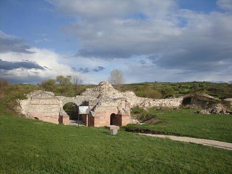Развалины древнего римского города
