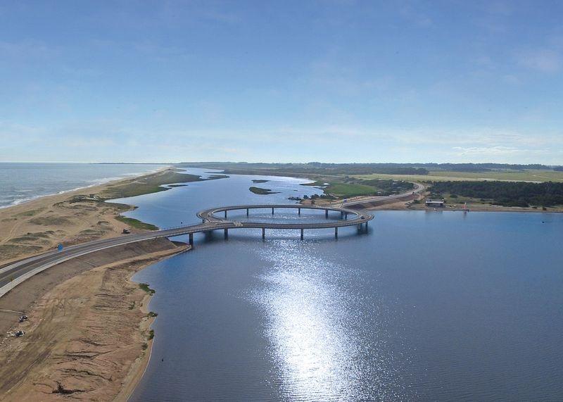 laguna-garzon-bridge-1