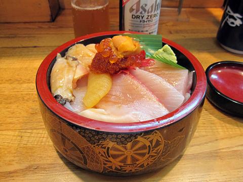 増毛町 寿司のまつくら その2 特上生ちらし_01