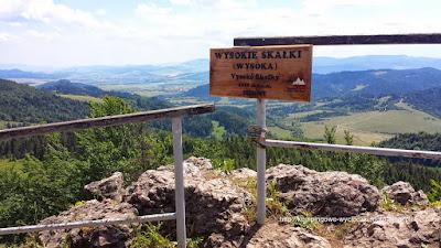 Na zdjęciu najwyższy szczyt Pienin Wysoka (Wysokie Skałki)