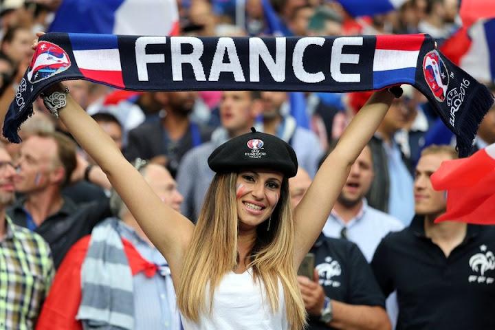 France%2Bhot%2Bfans.jpg