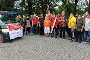 Komunitas SATU HATI dan Wartawan DPRD Medan Semprot Eco Enzym dan Bagi Sembako
