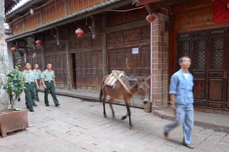 Chine . Yunnan   HEI JING  (ancienne capitale du sel) - P1260651.JPG
