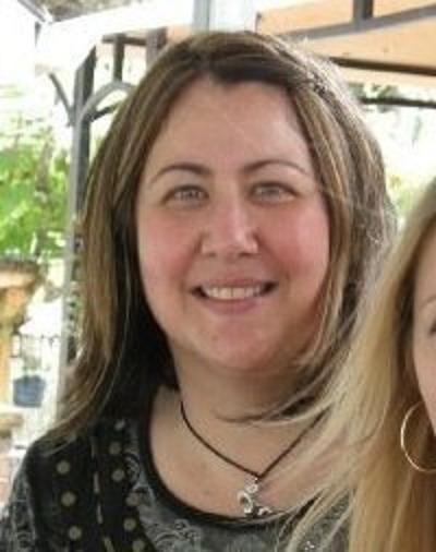 Lori Barnes