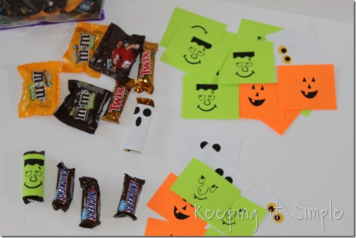 #ad Halloween-candy-bar-wrappers-with-Halloween-jokes-printable #BooItForward (4)