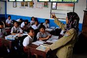Tahun Depan Guru Honorer Diprioritaskan Jadi PNS, Segera Penuhi Syaratnya