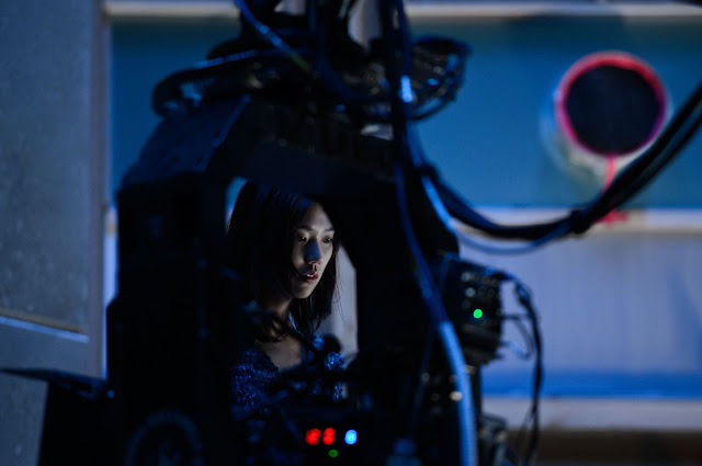 The Wolverine Mariko (Tao Okamoto) on set in the villains lair